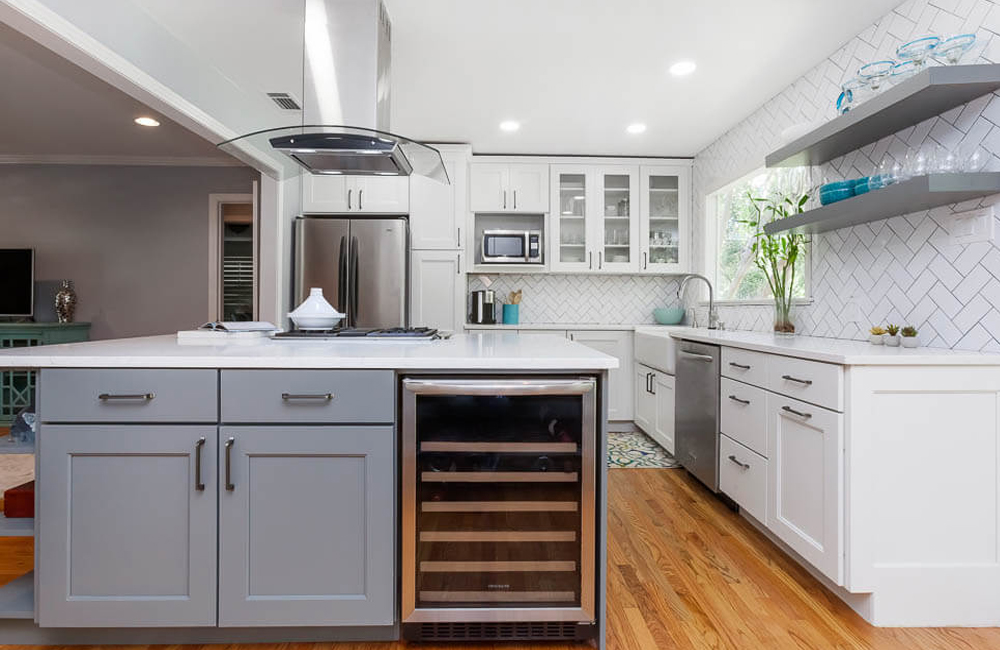 Grey Island And White Color Kitchen Cabinets In Solid Birch Wood Shaker Style